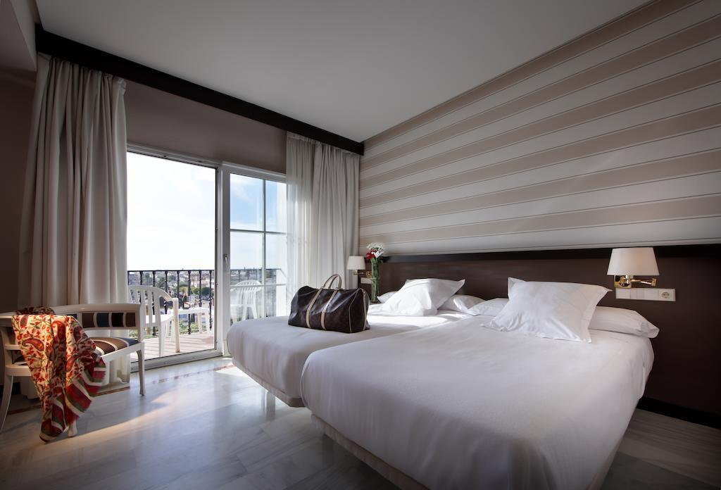 Double Standard - Guestroom Abades Benacazon Hotel Events & Spa
