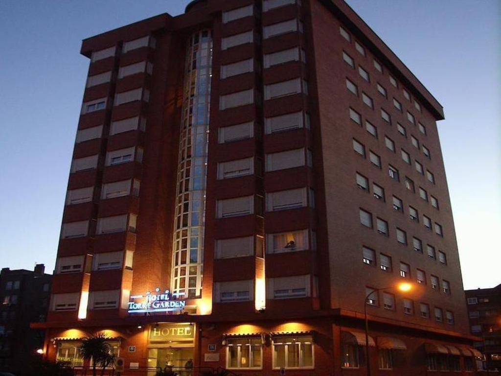 Silken torre garden hotel in madrid room deals photos reviews - Garden center madrid ...