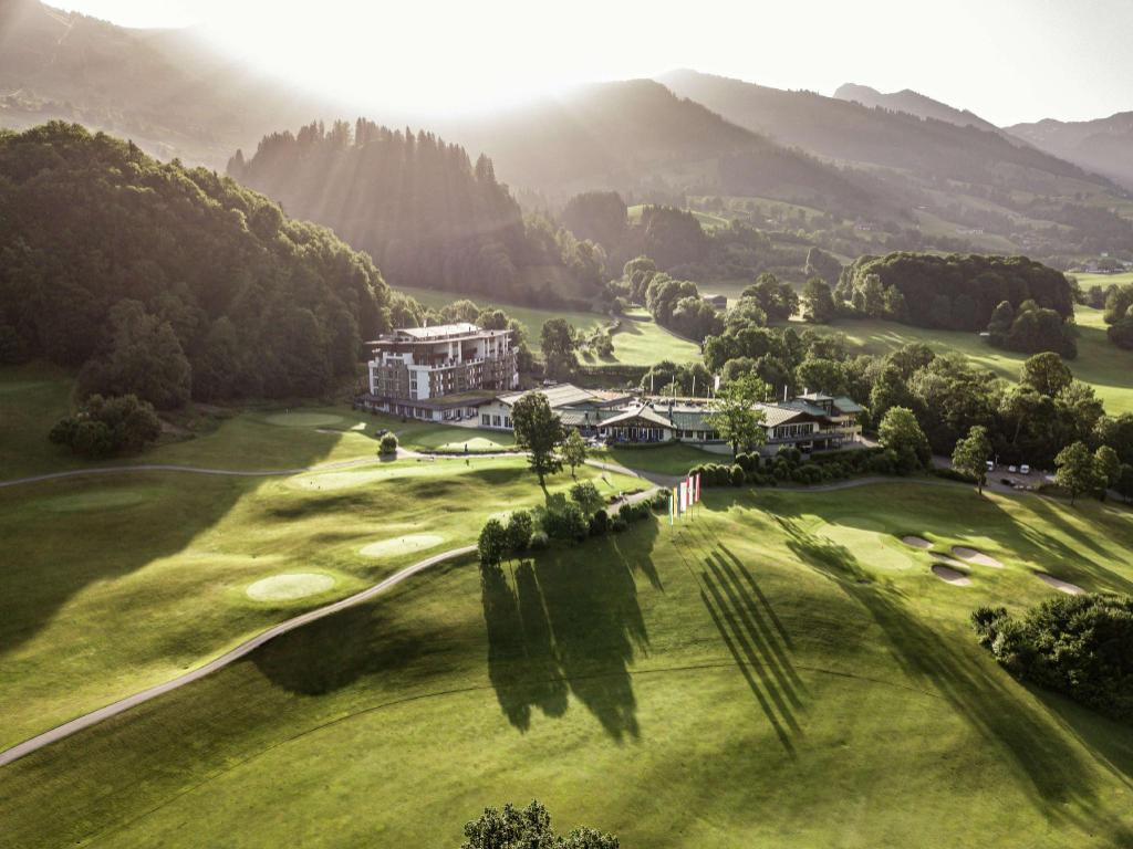 Grand Tirolia Hotel Kitzbuhel Curio Collection By Hilton Pet Friendly Kitzbuhel 2020 Neue Angebote 314 Hd Fotos Bewertungen