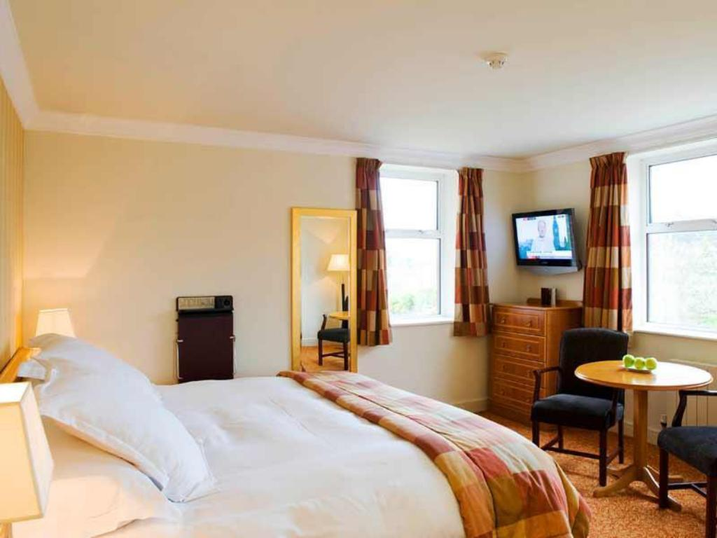 Classic Double - Guestroom Slieve Donard Resort and Spa