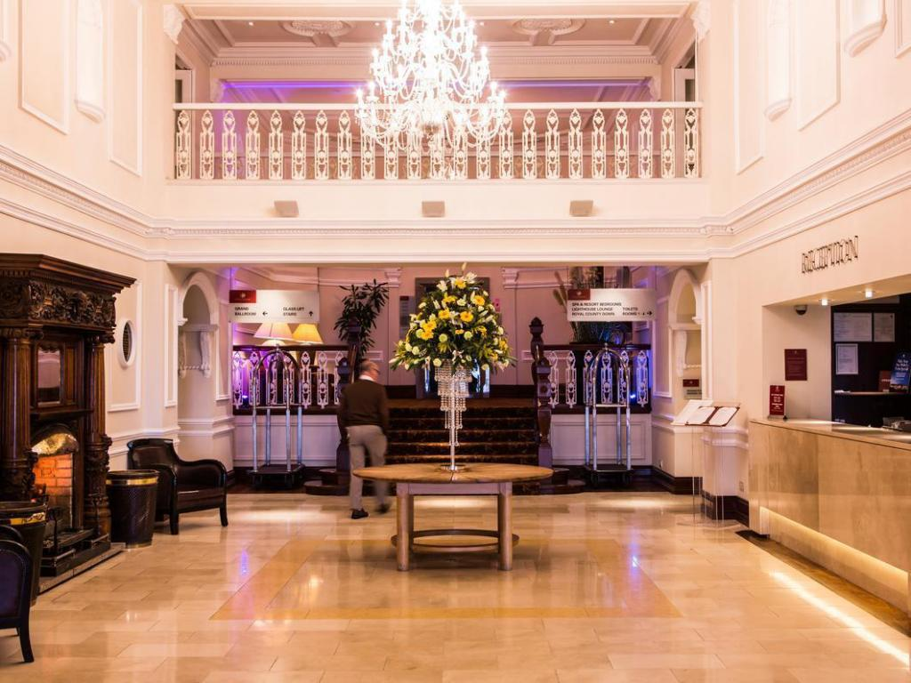 Lobby Slieve Donard Resort and Spa