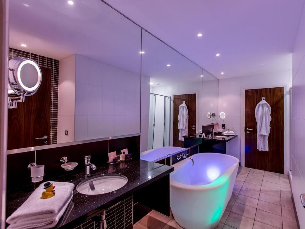 Bathroom Slieve Donard Resort and Spa