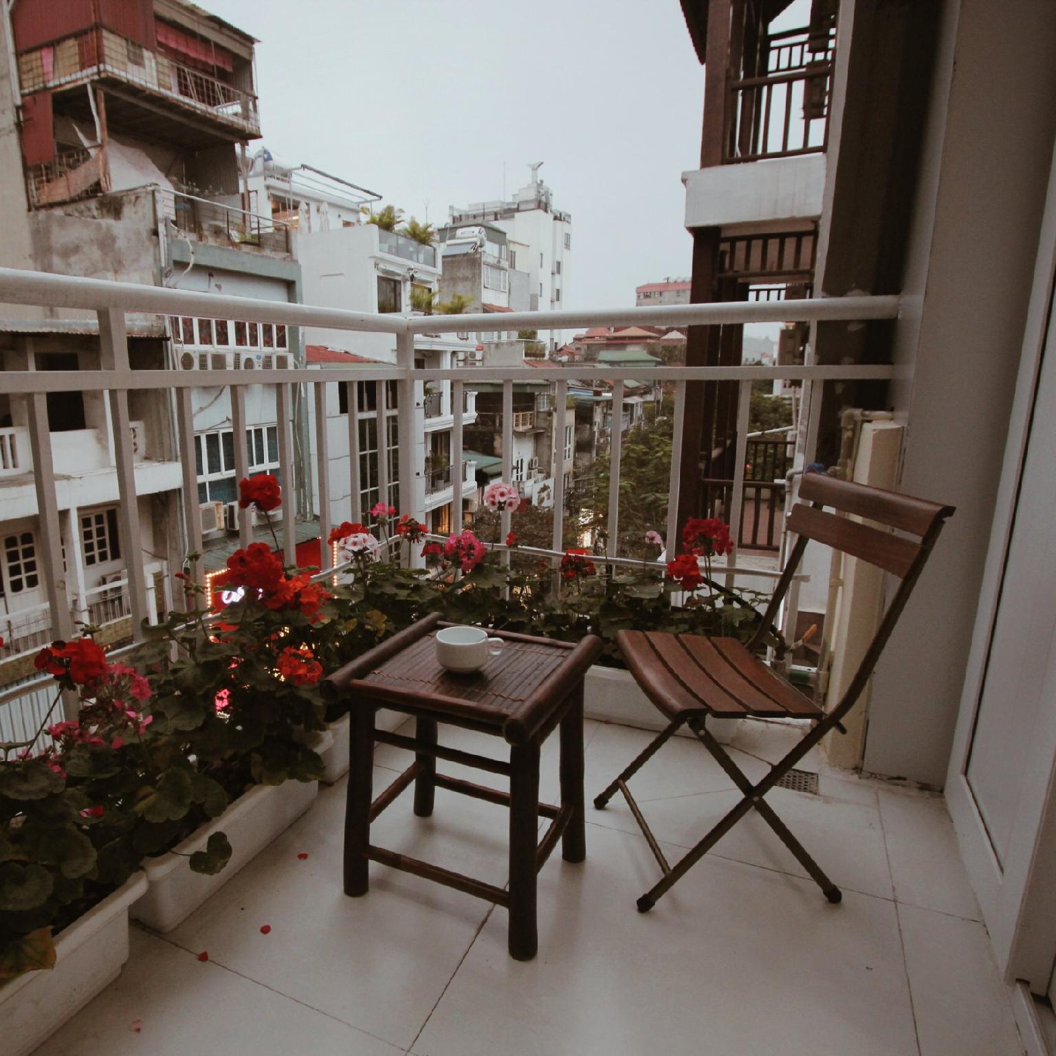 Underbar Balcony, 24/7 staff, central, bestprice tours Apartment (Hanoi FY-88