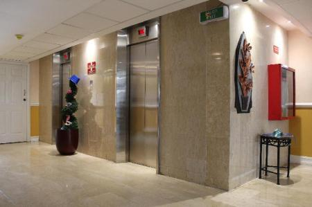 Lobby Hector Suites