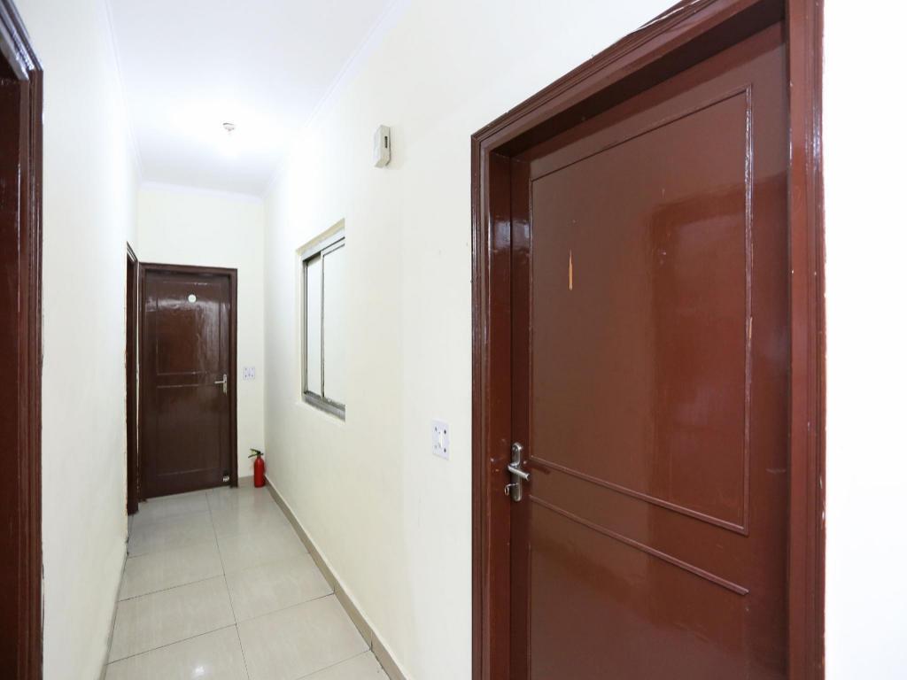 Oyo 542 Hotel Kalkaji Residency In New Delhi And Ncr
