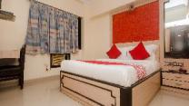 OYO 17300 Hotel Solitaire