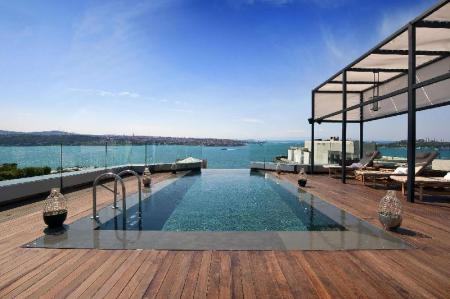Swimming pool [outdoor] Swissotel The Bosphorus Istanbul Hotel