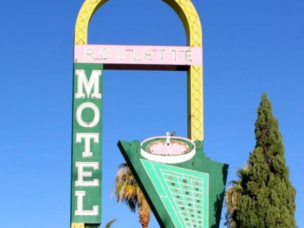 More about Roulette Motel