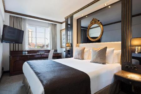 Classic Double Room - Bed Melia White House Hotel