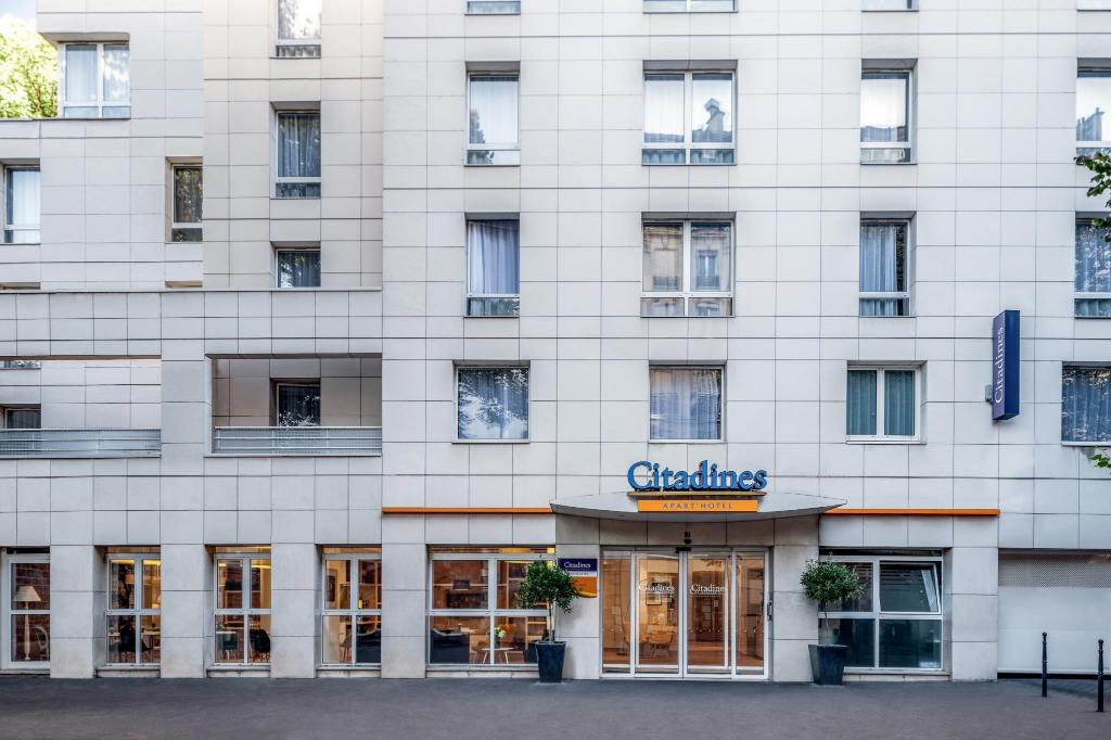 best price on citadines montmartre paris in paris reviews. Black Bedroom Furniture Sets. Home Design Ideas