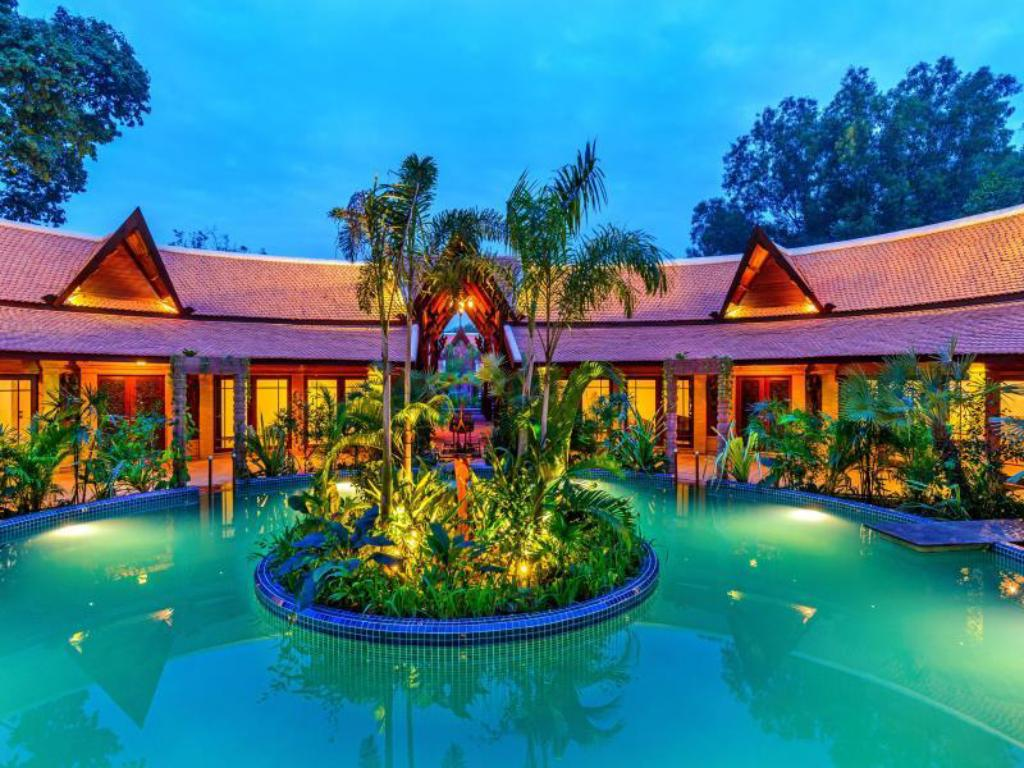 Swimming pool [outdoor] Angkor Village Resort & Spa