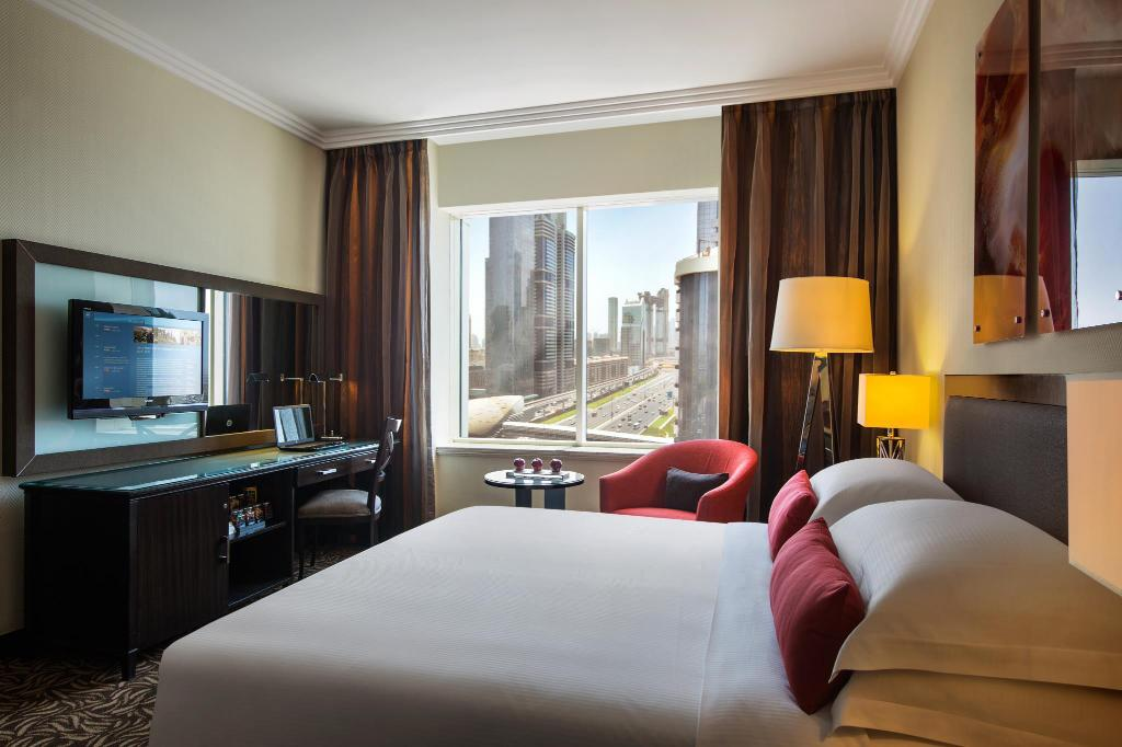Classic Room - Guestroom Towers Rotana