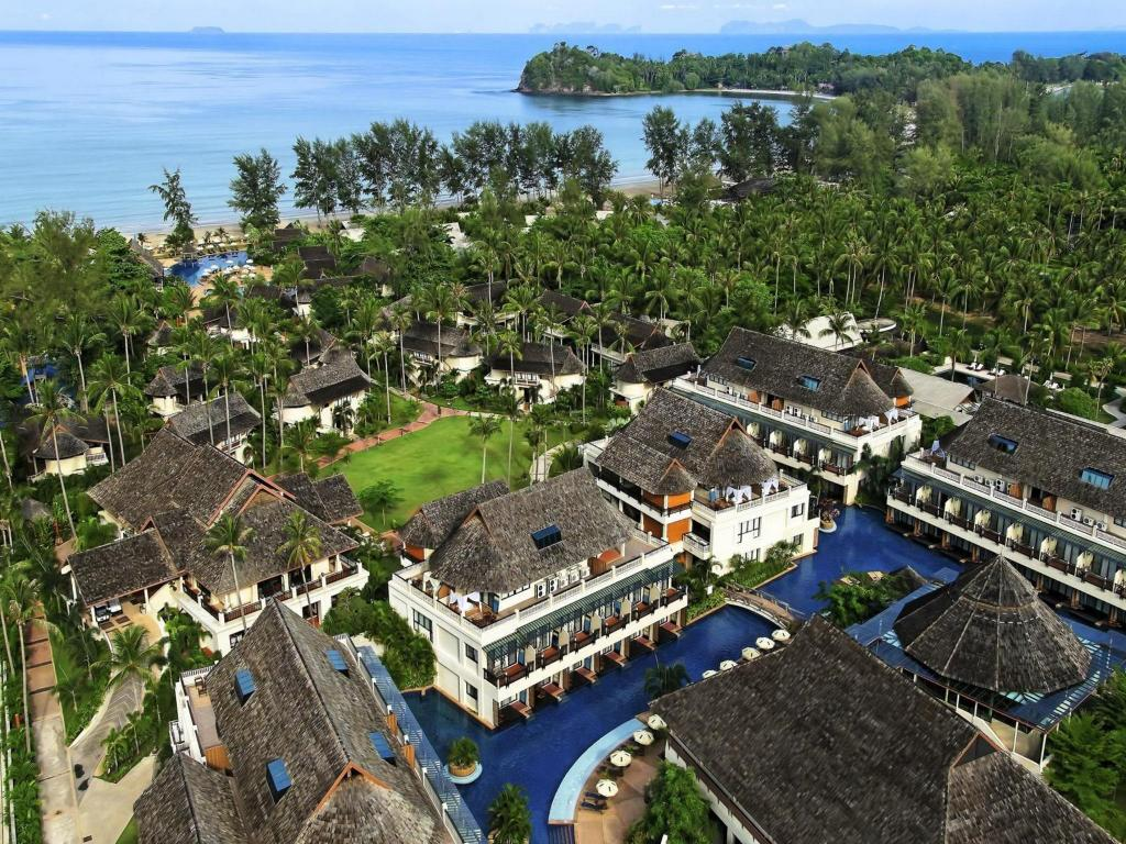 Lanta Cha Da Beach Resort and Spa