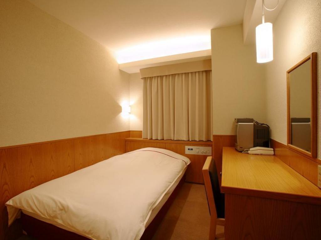 Small Double Bed Non Smoking Okayama View Hotel