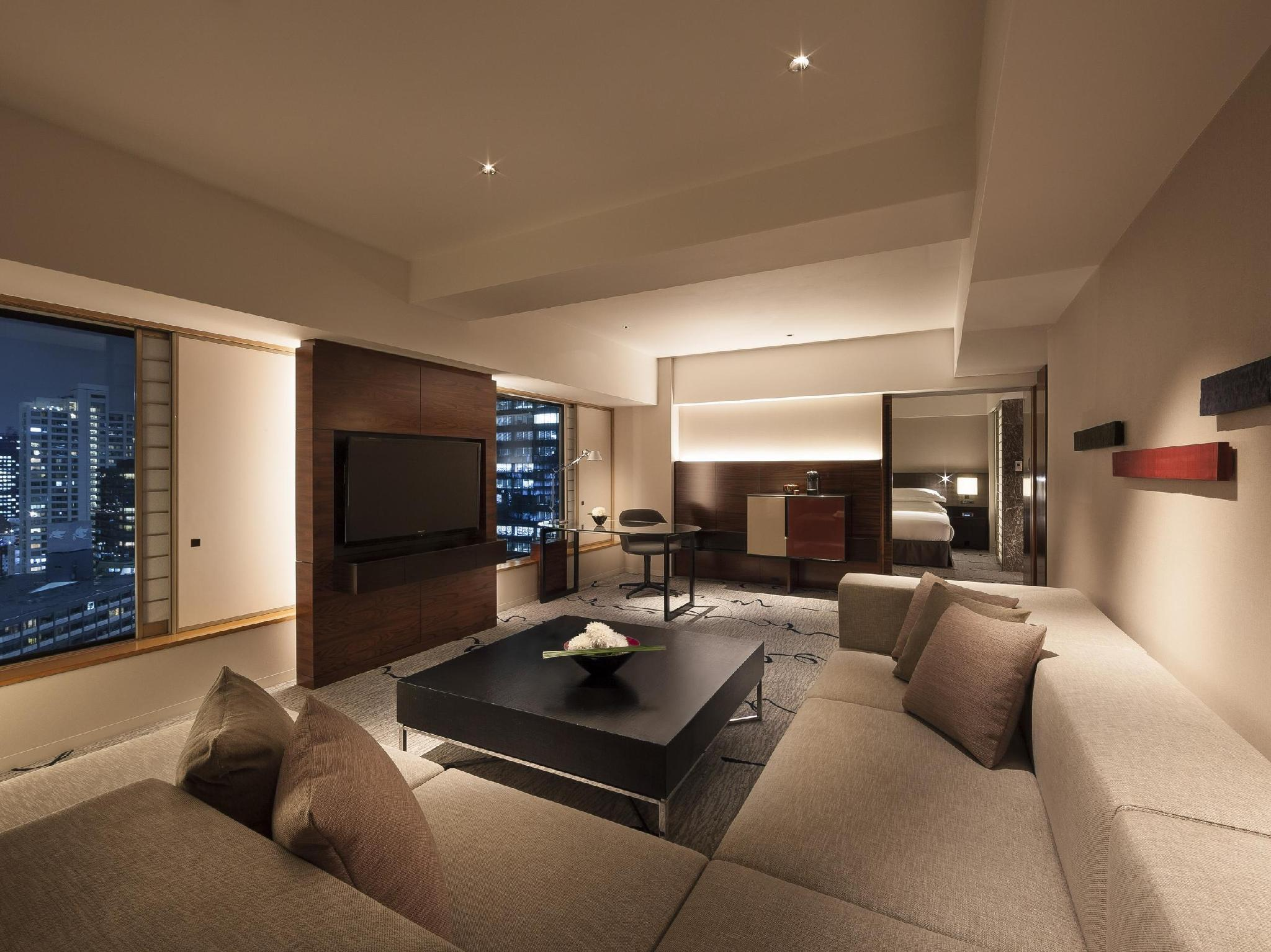Twin Tower Suite Executive