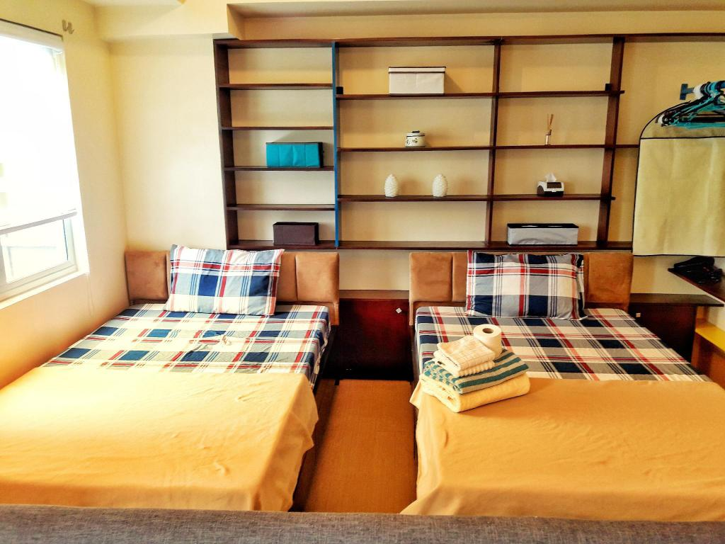 Cozy&stylish studio apartment BGC near uptown mall, Manila   20 ...
