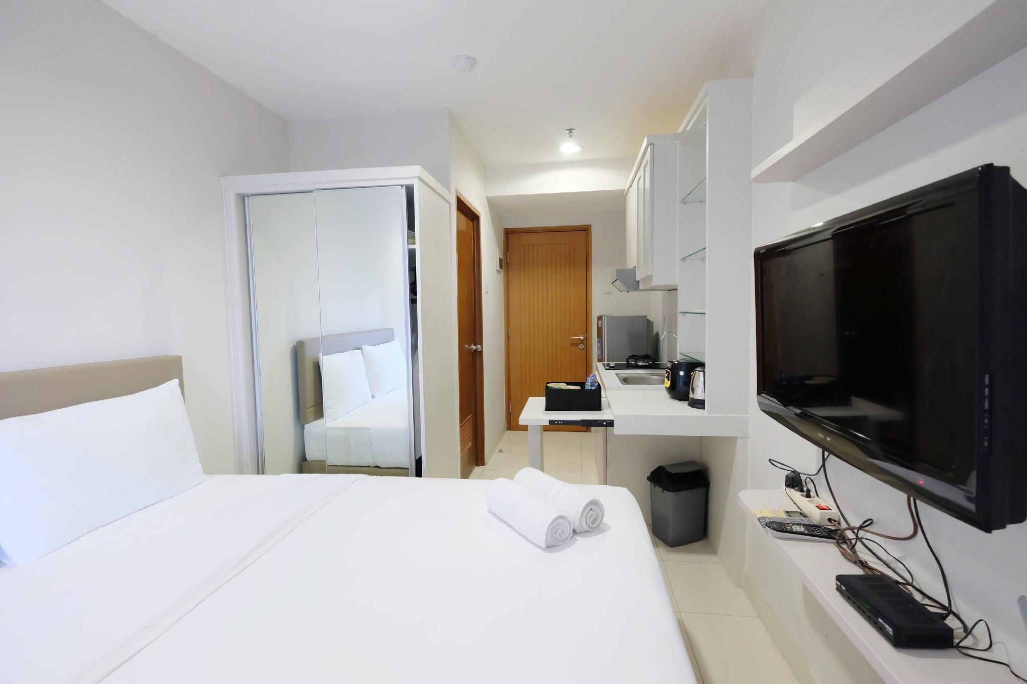 Studio Apt At Cinere Bellevue Suites By Travelio Apartment