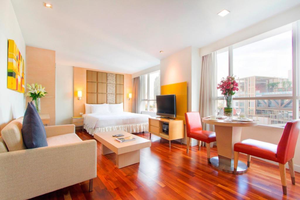 Urbana Langsuan Bangkok in Thailand - Room Deals, Photos