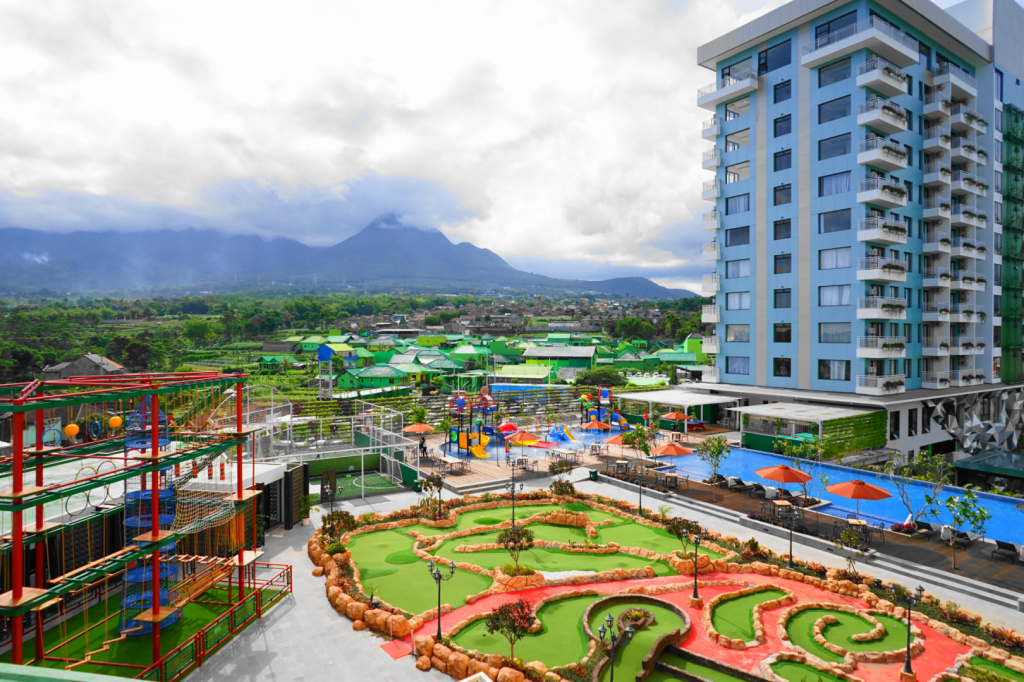 Best Price On Senyum World Hotel In Malang Reviews