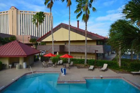 Midpointe Hotel by Rosen Hotels & Resorts - Room Deals, Reviews & Photos (Orlando (FL), United