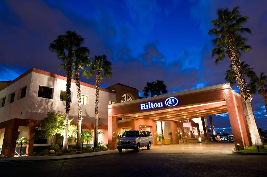 More about Hilton Phoenix Airport Hotel