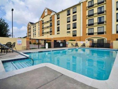 Swimming pool [outdoor] Comfort Inn Hwy. 290/NW