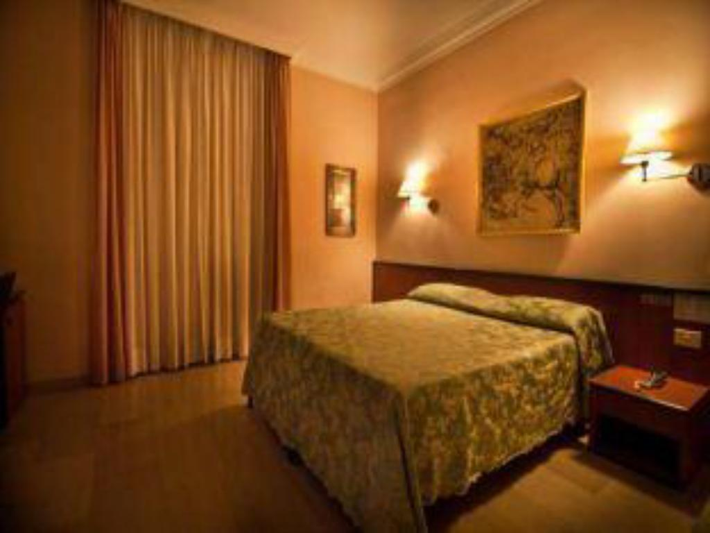 Double Room Hotel Center 1 2