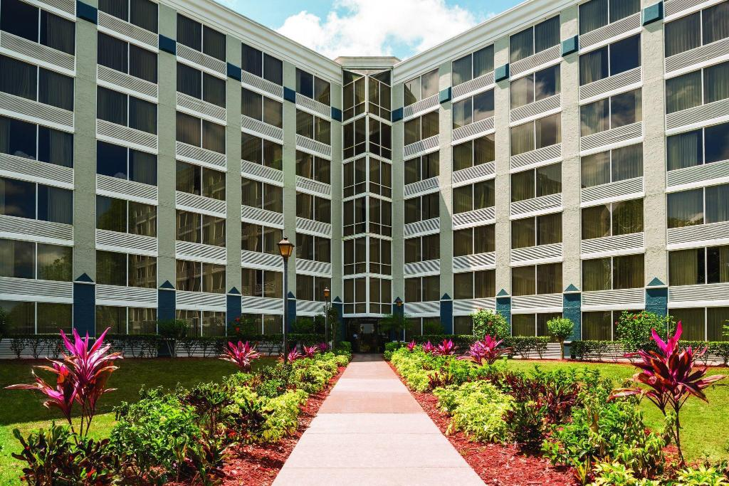 Park Inn by Radisson Resort & Conference Center- Orlando