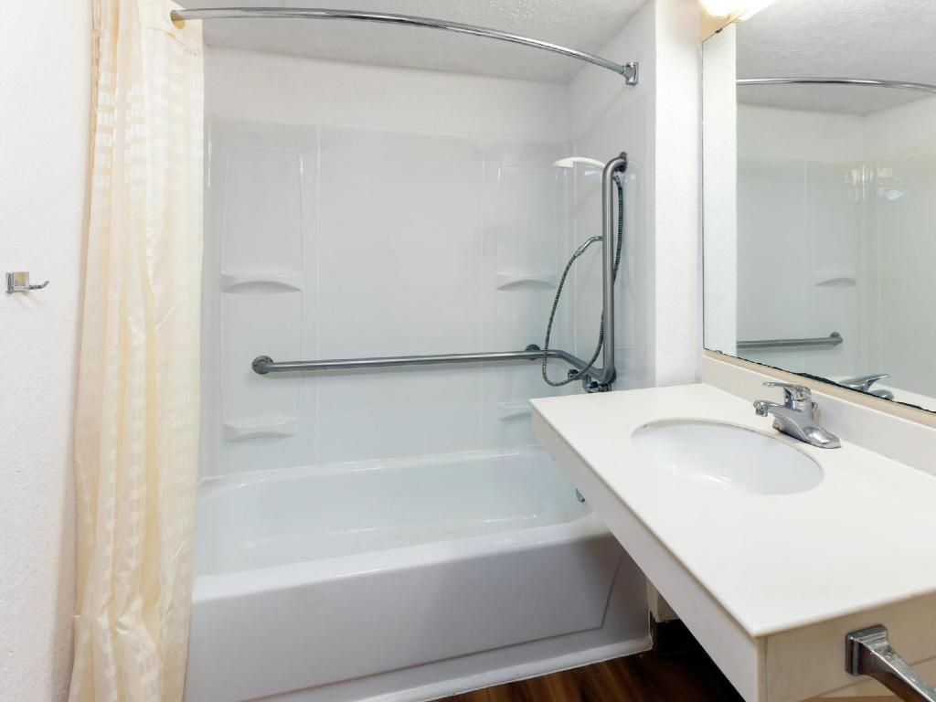 Badezimmer Stay Express Inn & Suites Houston Hobby Airport