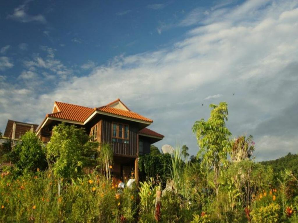 More about Engkamol Homestay