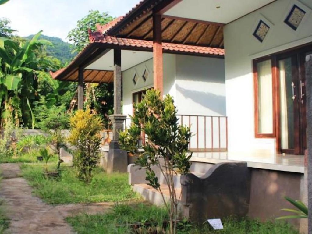 More about Panji Homestay Amed