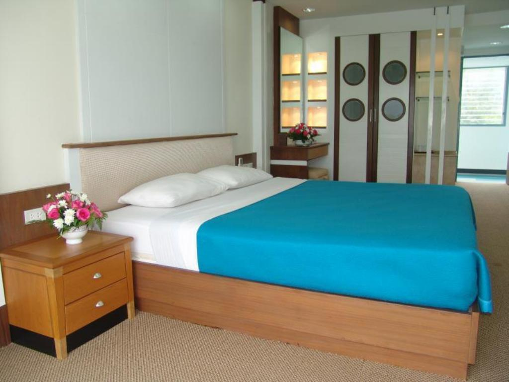 Standard Double Room SiamIS Hotel Phang Nga Bay