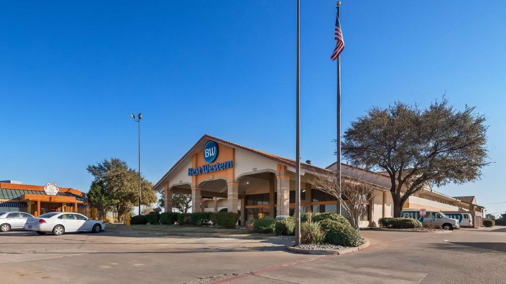 Best Western Irving Inn and Suites at DFW Airport
