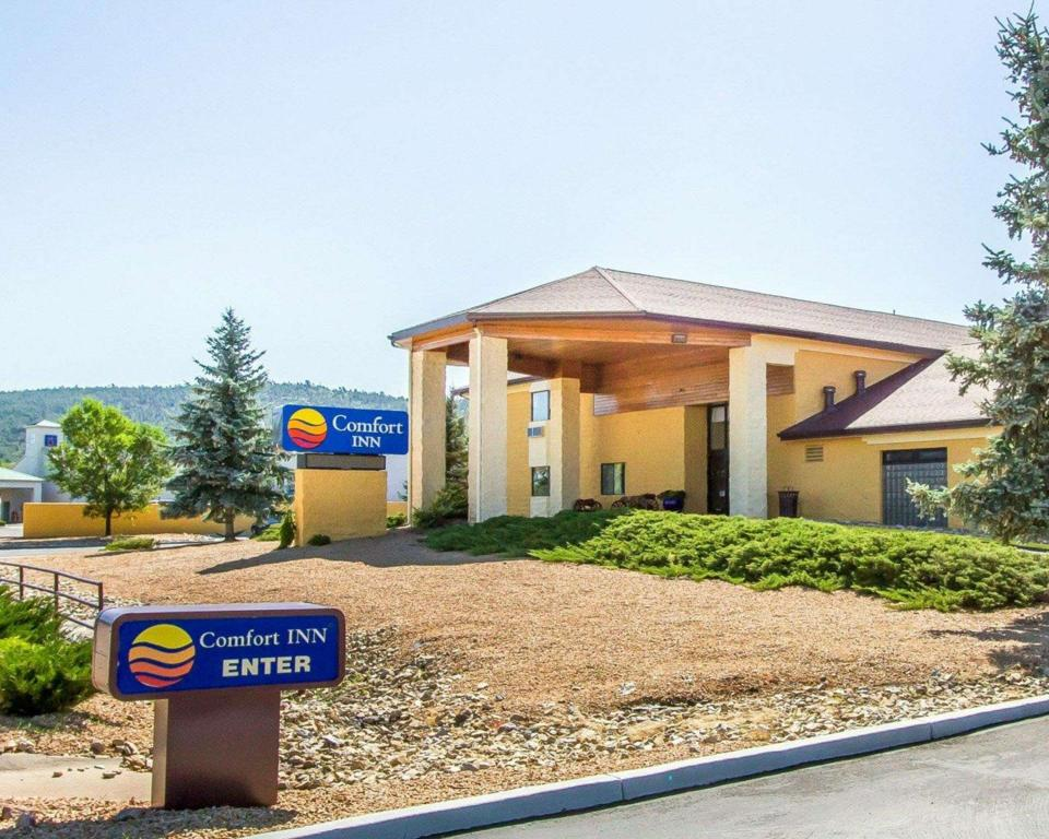 Grand Canyon Country Inn Hotel (Comfort Inn Near Grand Canyon)