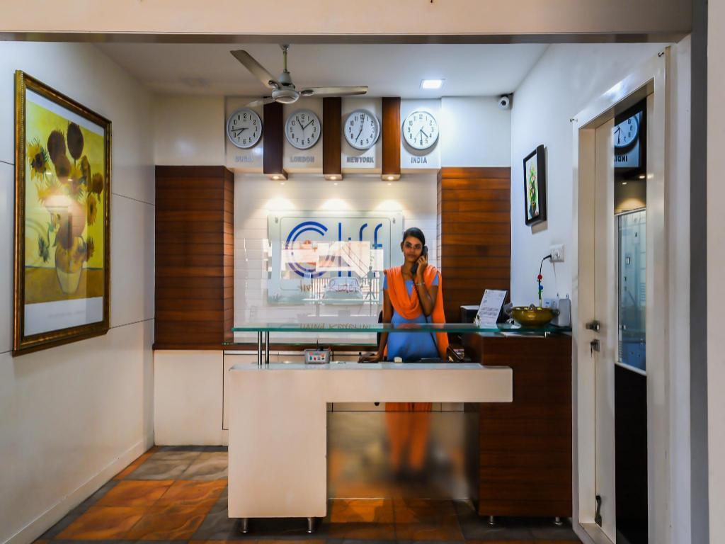 OYO 26768 Crosandra Cliff in Kakinada - Room Deals, Photos