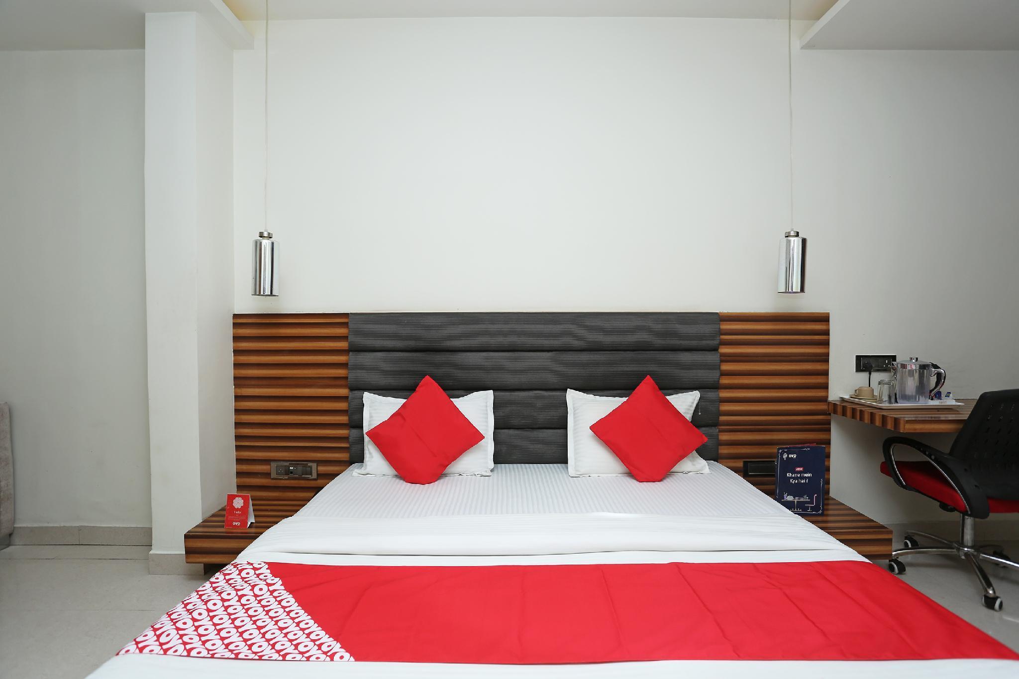 3dbf51475179d8 OYO 8183 Hotel Sandal Wood, Bhopal, India - Photos, Room Rates ...