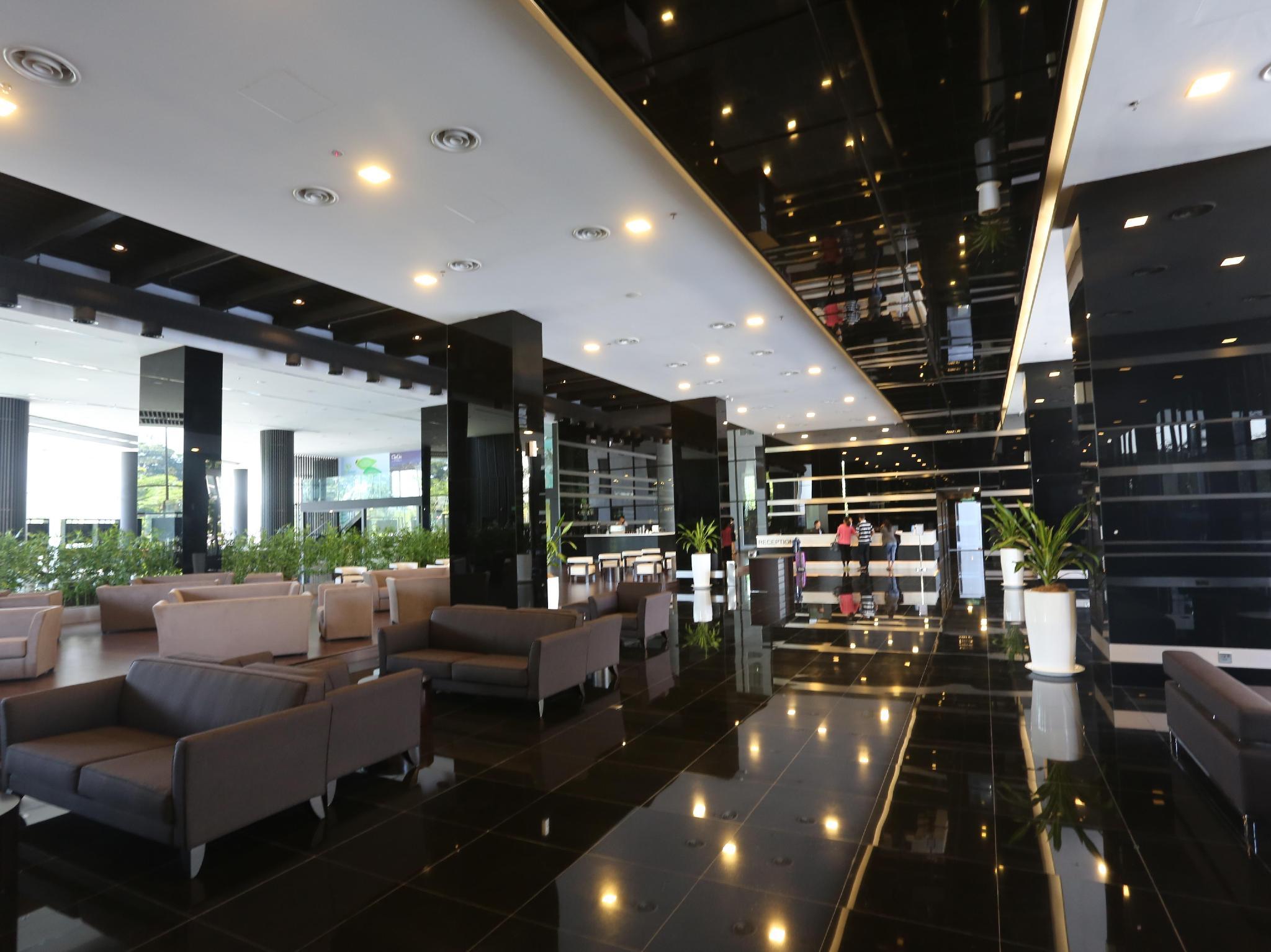 Lobby Best Price on ECity Hotel
