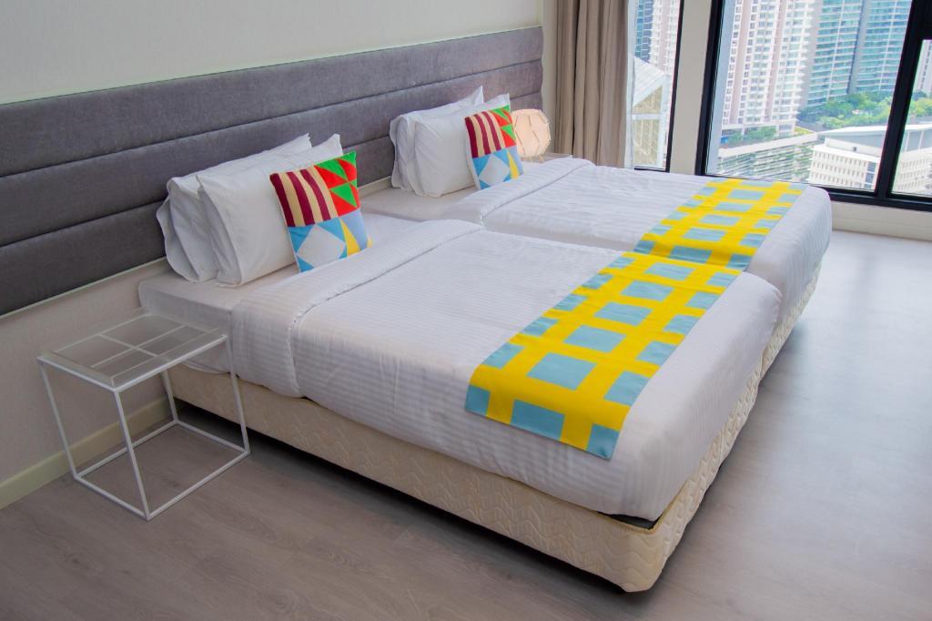 Instaforex malaysia klcc hotel fixed asset investment disclosure frsse de amor