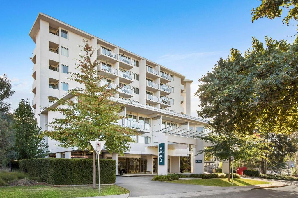 Mere om Adina Serviced Apartments Canberra, Dickson