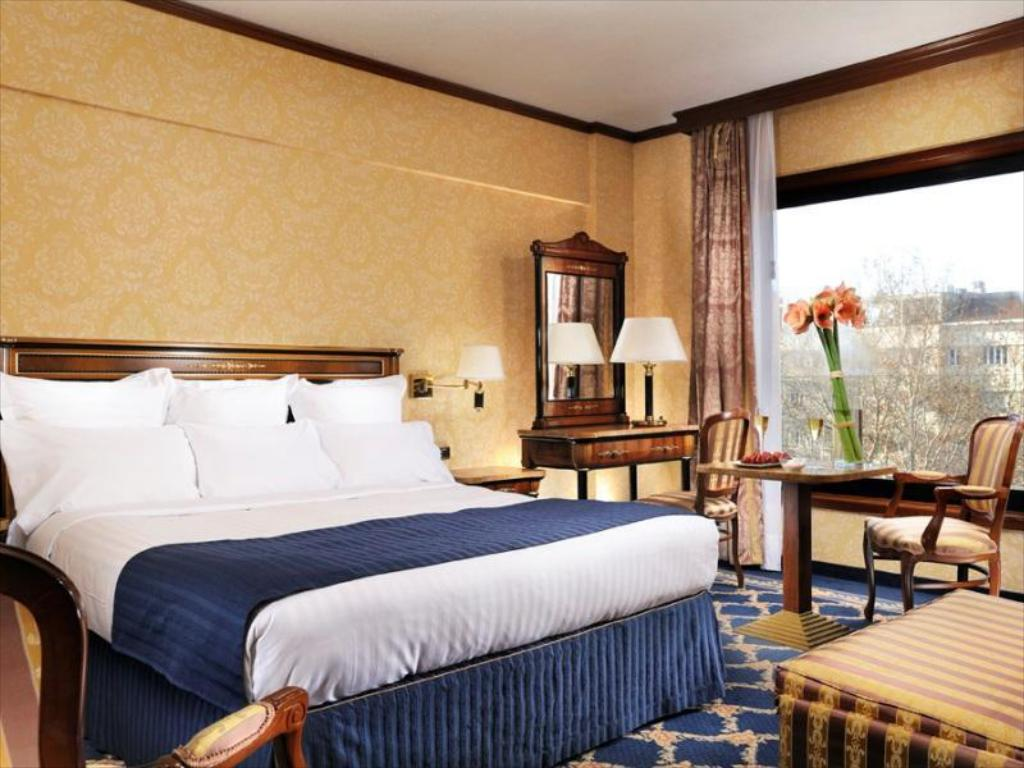 Executive Room, Executive lounge access, Larger Guest room - 床舖 米蘭萬豪酒店 (Milan Marriott Hotel)