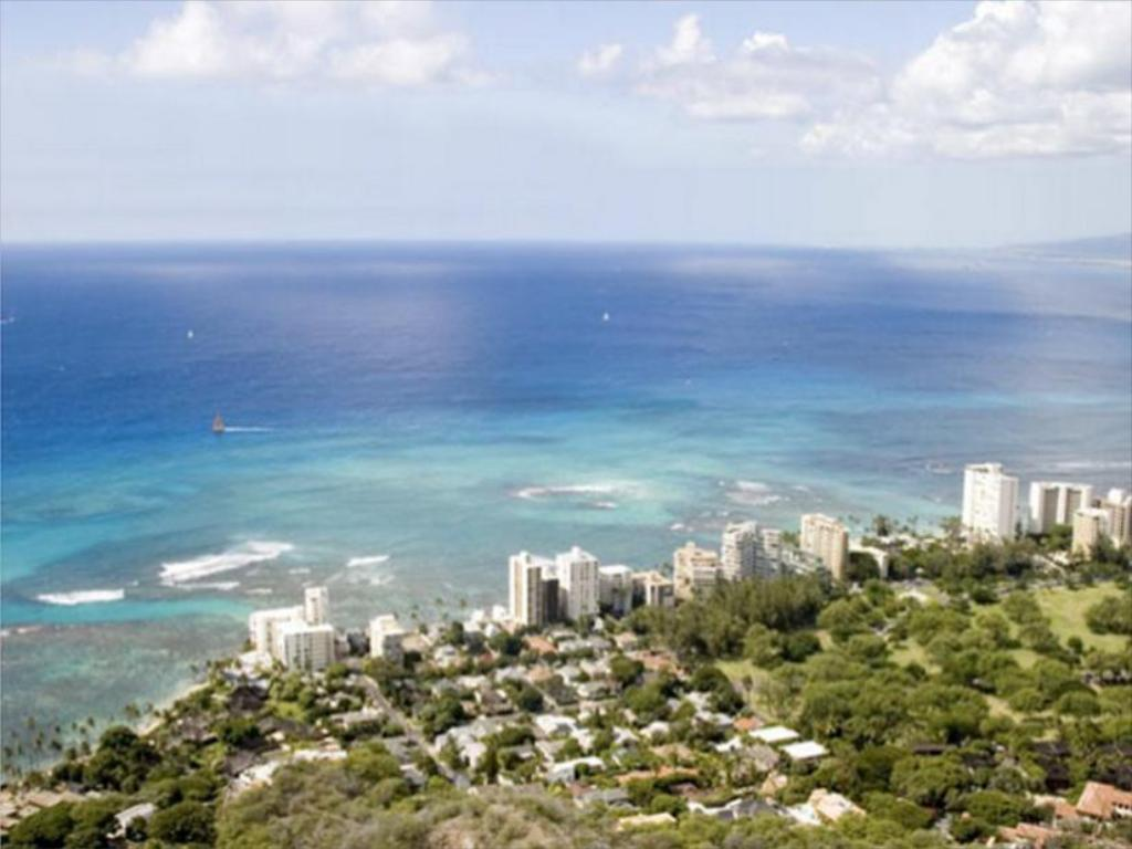 Best price on wyndham vacation resorts royal garden at waikiki in oahu hawaii reviews Wyndham royal garden at waikiki