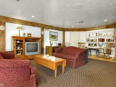 Hol Best Western Plus Inn & Suites