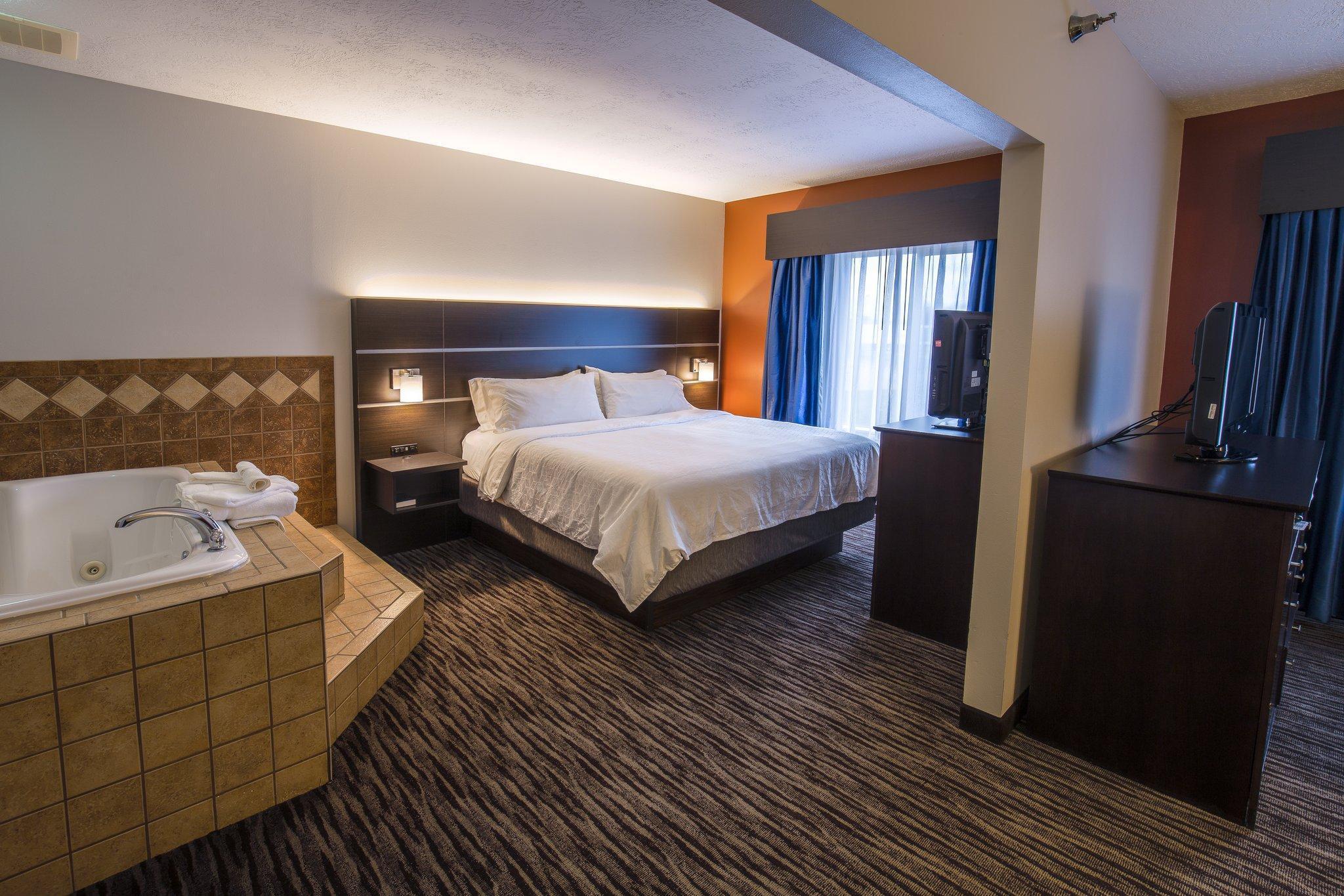 Holiday Inn Express Hotel Suites Sioux Falls Brandon In Brandon Sd Room Deals Photos Reviews