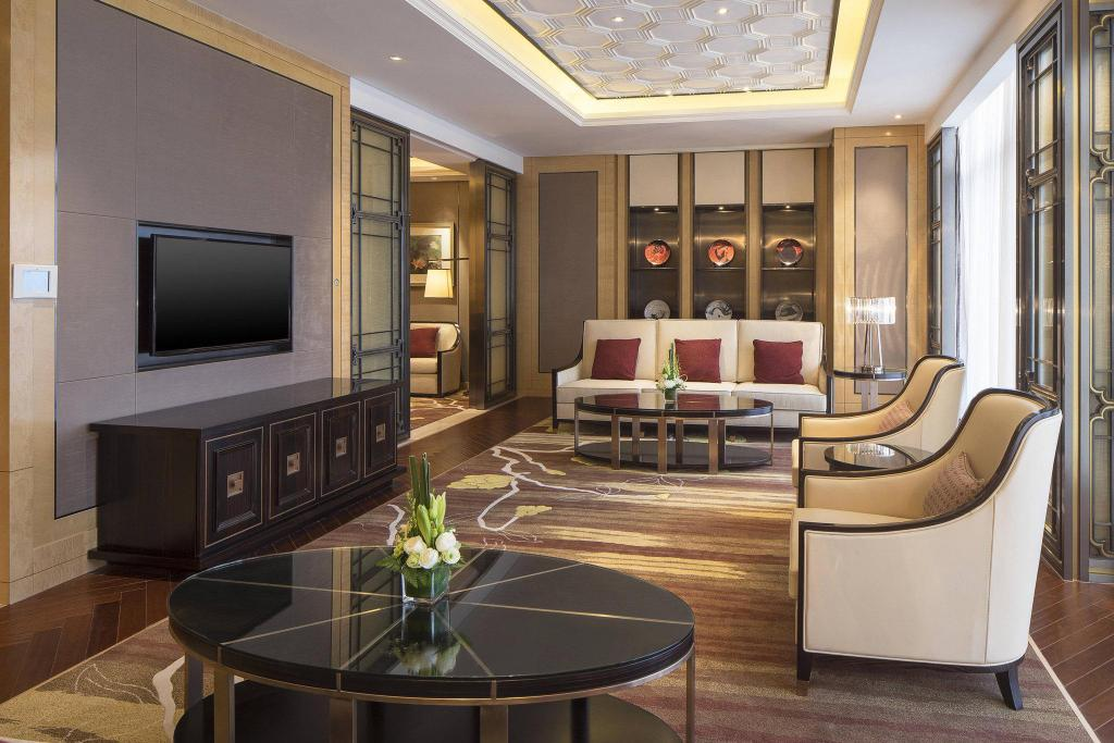 Presidential Suite, Club lounge access, 1 King