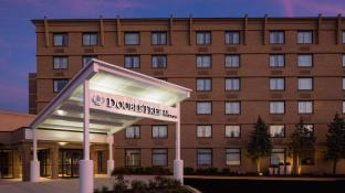 DOUBLETREE BY HILTON LAUREL