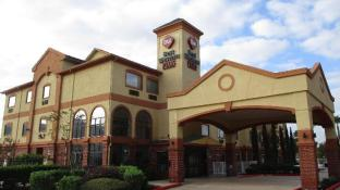 Best Western Plus Sam Houston Inn & Suites