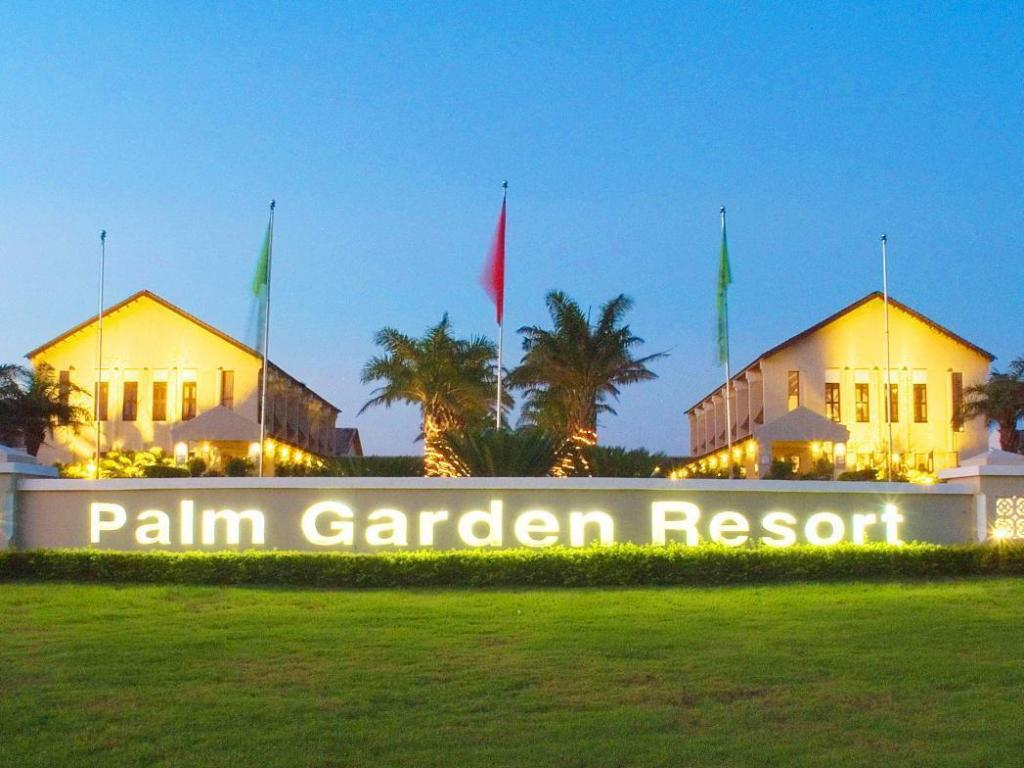 Meer over Palm Garden Beach Resort & Spa