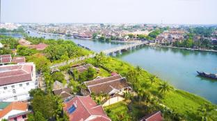 Pho Hoi Riverside Resort