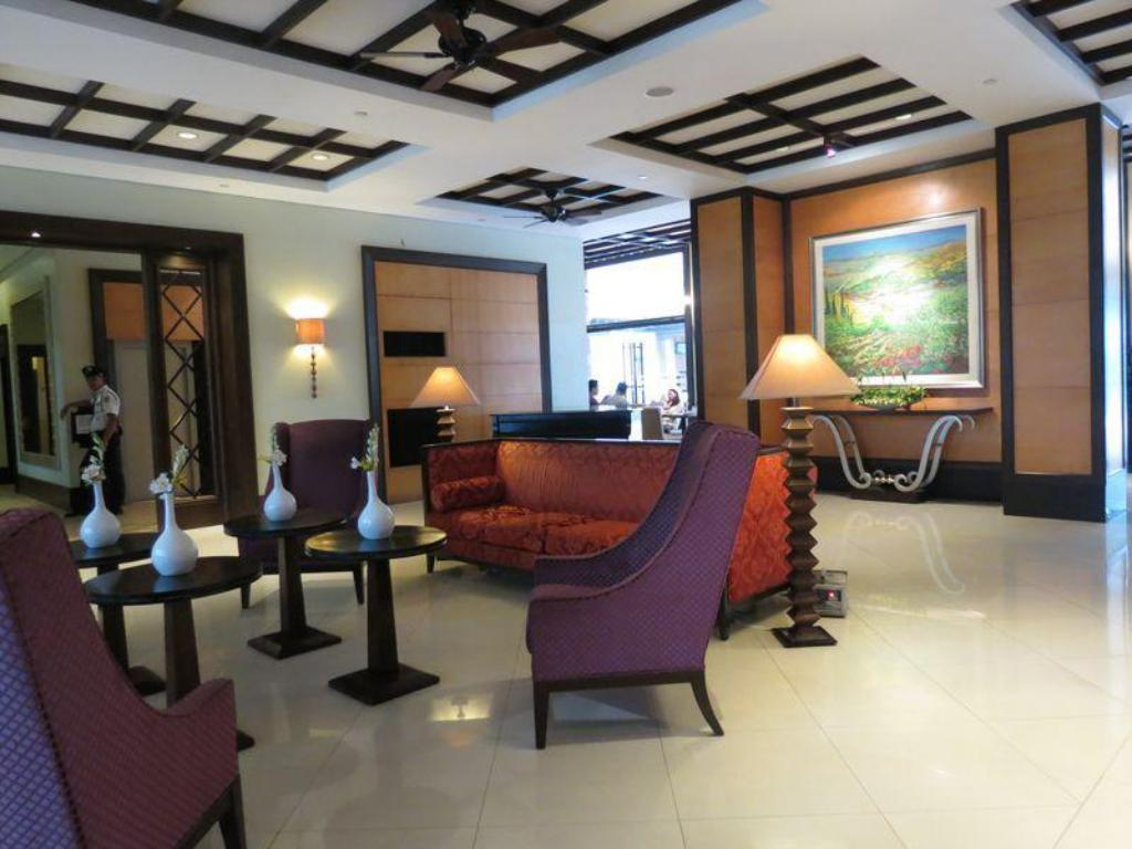 Lobby Pontefino Hotel and Residences