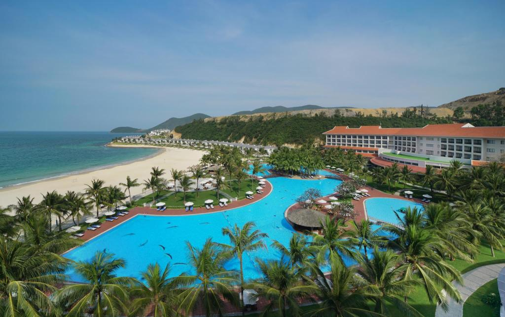 More about Vinpearl Resort Nha Trang